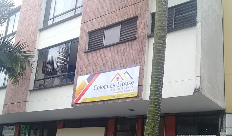 Colombia House